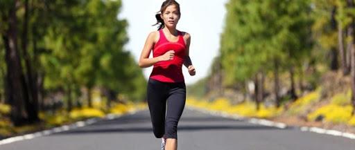 Chạy bộ là phương pháp được nhiều người lựa chọn để giảm cân