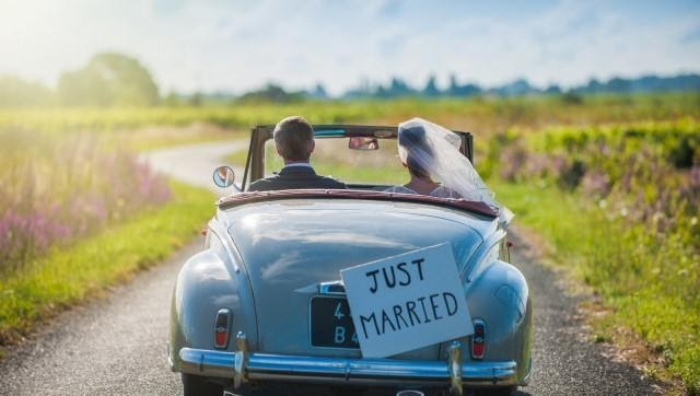 Chọn thuê xe cưới phải xác định được phân khúc xe muốn thuê