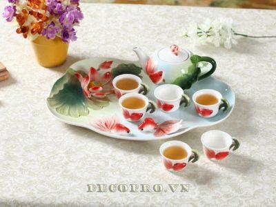 Bộ ấm trà độc đáo, mang đậm nét Á Đông